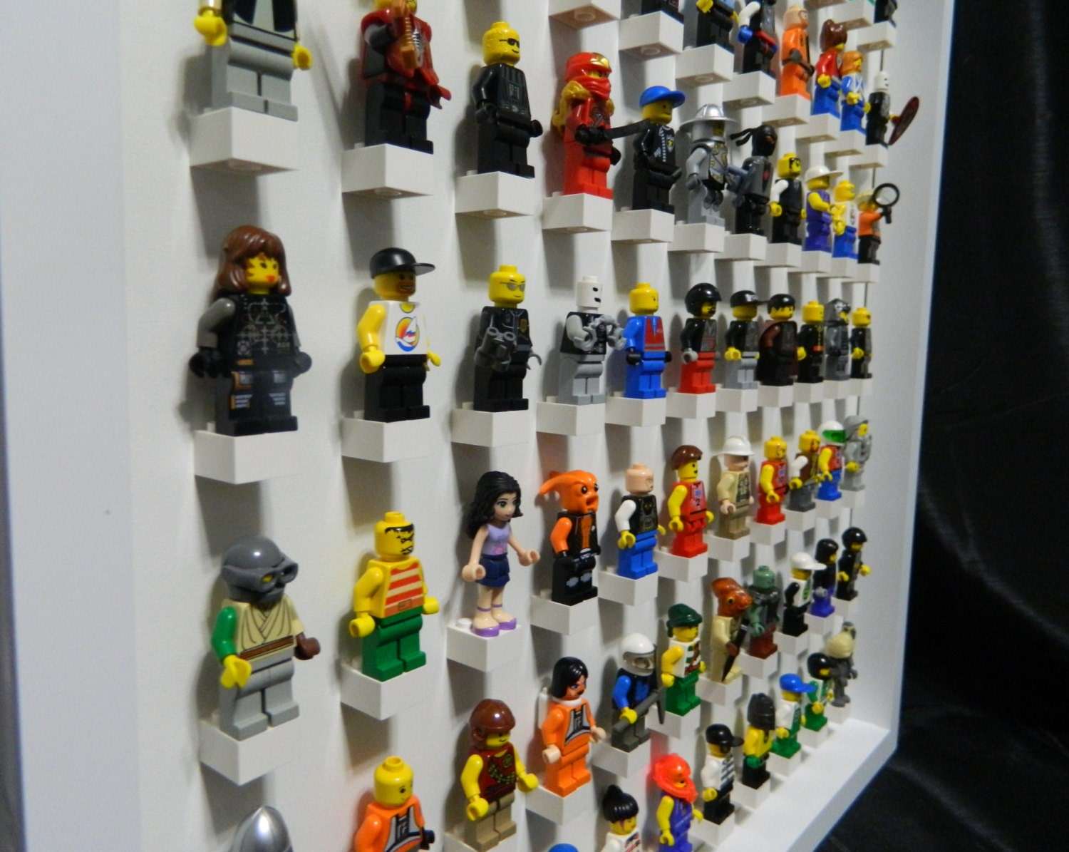 pr sentoir pour figurine lego lego minifig par missiriscreations. Black Bedroom Furniture Sets. Home Design Ideas