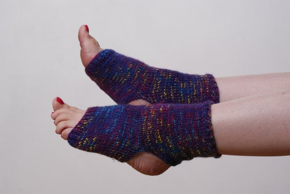 Knitting Patterns For Yoga Socks : PATTERN ONLY Knitting Pattern Yoga Socks. Stirrup Socks