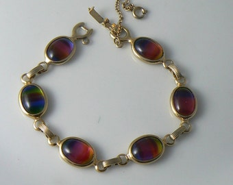 Vintage Sarah Coventry Art glass Bracelet  Unique vintage, antique, costume and estate jewelry.