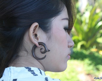 Fake Guage Earrings, Spiral Wood Earrings, Medium Tribal Faux Guages Wooden Earrings, Fake Plugs Gauges