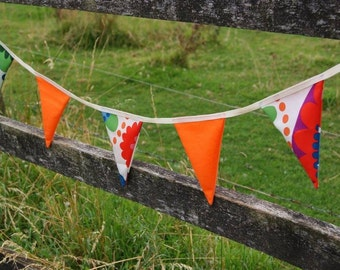 SALE Bright Bunting 10m length