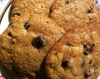 Big and Delicious Gluten Free Chocolate Chip Cookies, 1 Dozen.