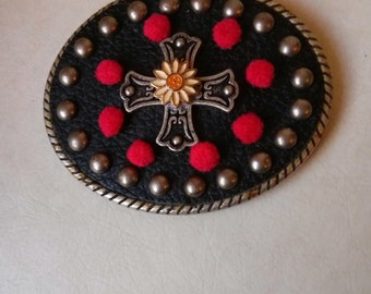 Black and  silver color metal belt buckle with tiny pompoms and tiny daisy flower