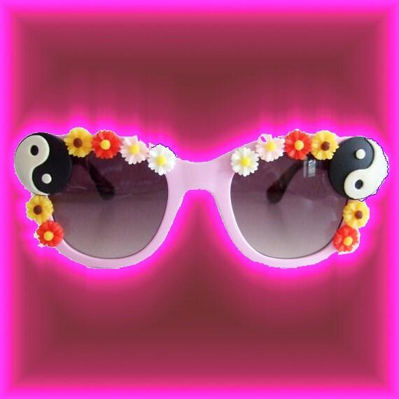 Yin Yang Sunglasses
