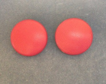 """Red leather buttons. Size 7/8"""" (23mm). Set of 2"""