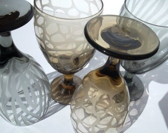 Etched glassware with animal print. Zebra, giraffe, colored glassware, animal print wedding. Set of 4.