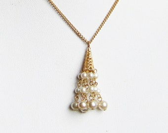 vintage filigree faux pearl pendant and chain good condition gold tone