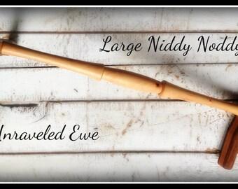 Niddy Nody / Wooden Niddy Noddy / Hand-turned Niddy Noddy for Spinners