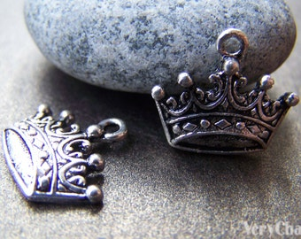 10 pcs of Antique Silver Lovely Crown Charms 12x17mm A767