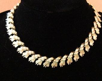 Vintage Coro goldtone necklace
