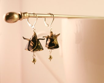 Origami - Tulip black & Golden Flower Earrings