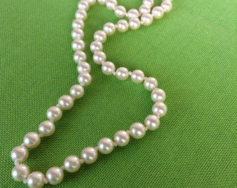 Vintage Simulated Pearl Necklace (Item 331)