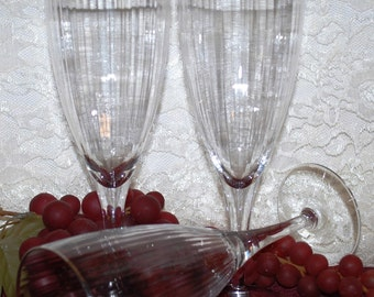 """3 Pc Set Clear Glass W/ Silver Rim 8"""" Stemmed 9 Ounce Ribbed Wine Glasses"""