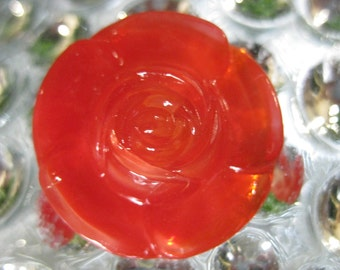 Red Rose in Beautiful Czech Glass button 27mm