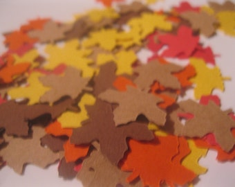 Fall Leaves Table Confetti / Autumn Decor Decoration Scatter Centerpiece Die Cut / Thanksgiving Party 200 Pieces