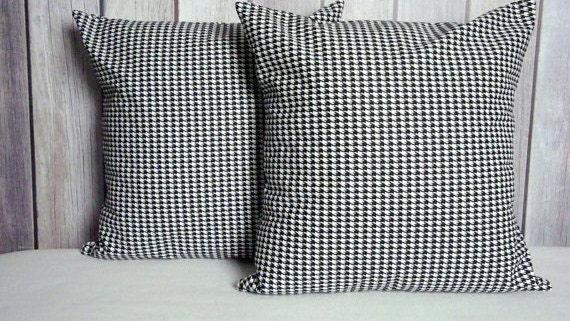 Throw Pillow. Black and White Pillow. Houndstooth Pillow. Black Pillow. White Pillow. Home Decor, Throw Pillow. Pillow Covers