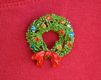 Rhinestone and Enamel Christmas Wreath Vintage Brooch