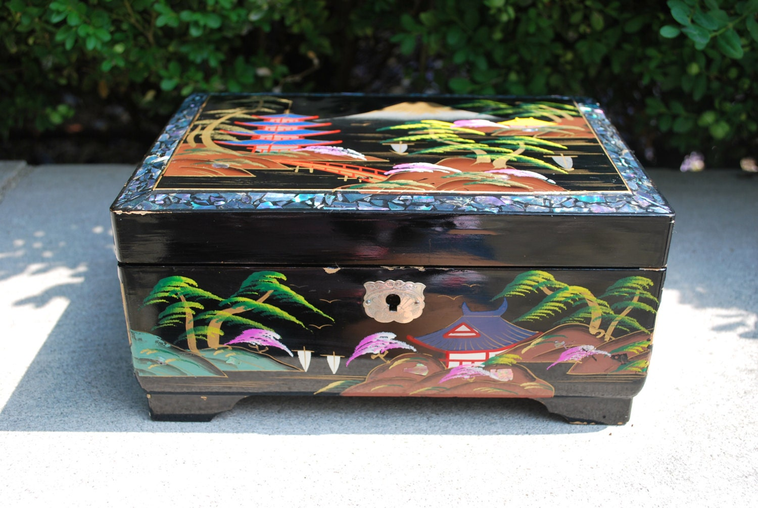 Vintage 1950s Japanese Jewelry Box Pearl Abalone Inlay
