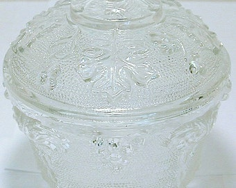 Vintage Jeannette Glass clear grapes and leaves pattern lidded candy dish