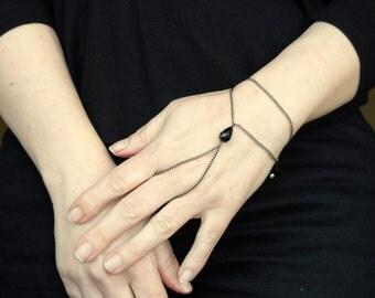 Slave bracelet, Black crystal slave bracelet ring, Hand bracelet, Bead slave bracelet, Bead hand bracelet, Slave bracelet UK, Gifts