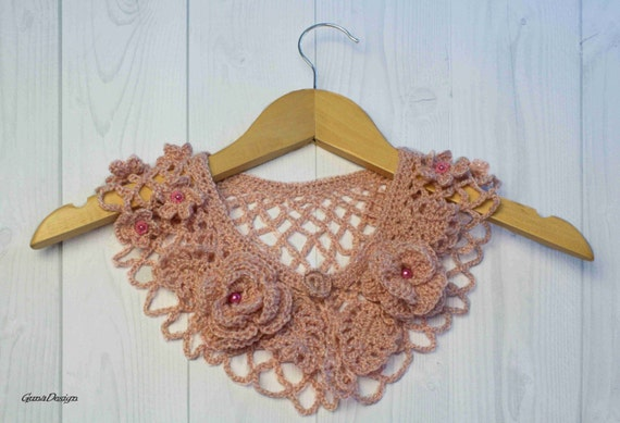 Light Pink Cherry Blossom Color  Peter Pan Lace Collar