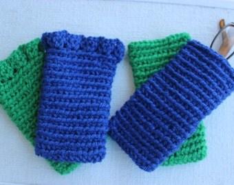 Crochet eyeglass/sunglass case.