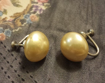 vintage faux pearl screw back earrings