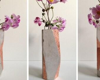 Concrete vase copper - geometric