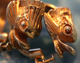Exquisite vintage gold  dolphin earrings