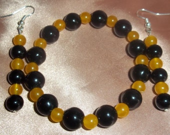 Yellow Jade  and Black Onyx Set.