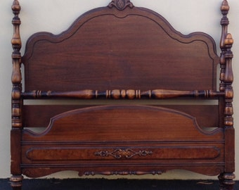 Bed Full  Antique Victorian Mahogany Full Bed frame Double Bed