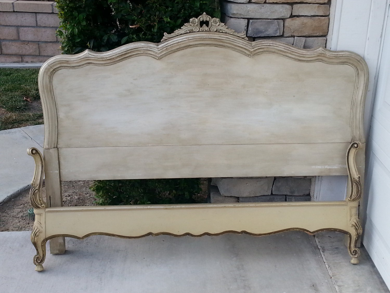 Vintage French Provincial Full Queen Bed
