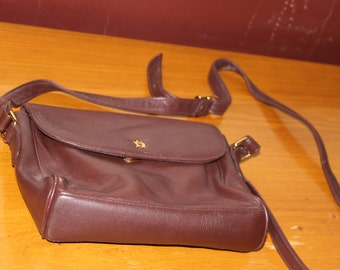 Etienne Aigner, Maroon, Small Vintage Crossbody Purse