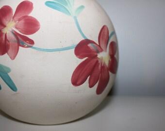 Vintage Mauve flower vase item 602