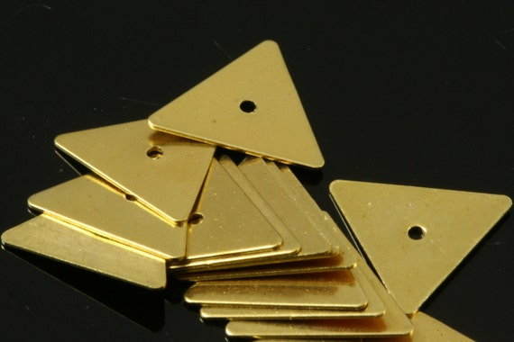 300 Pcs Raw Brass 7x8 mm Triangle tag Charms with midle hole  ,Findings 619RM-33