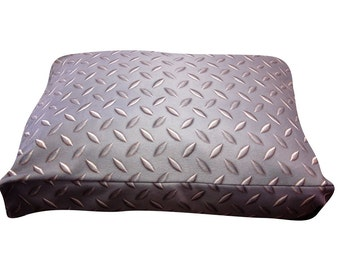 Diamond plate rectangle dog bed. Dogzzzz tired of the same old plaids and stripes brings the rugged outdoors in makes it fun.Free shipping!