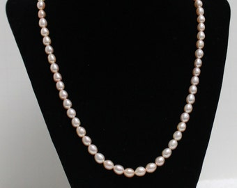 One Natural Purple Rose Oval Freshwater Pearls Necklace VNK63