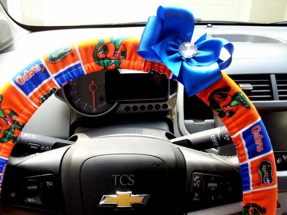 university of florida gators steering wheel cover with bow