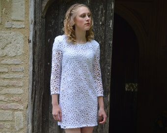 White Guipure Lace Dress with shoulder pads by ROSAvelt