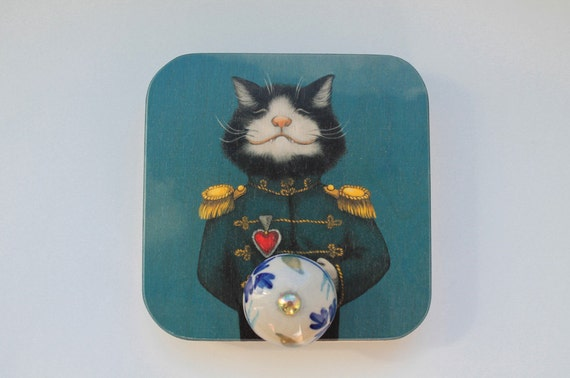 Plywood wall hanging with cat picture