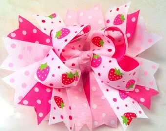 Strawberry stacked bow