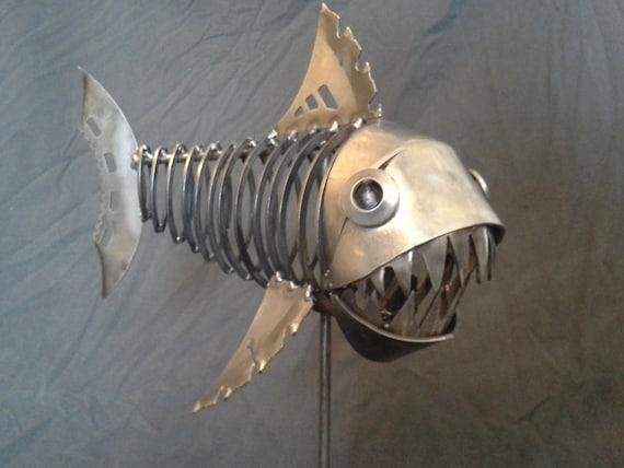 Fish metal sculpture art statue for Metal fish art