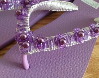 Hand-beaded Flip-flop Sandal in Lavender Purple (Size 6)