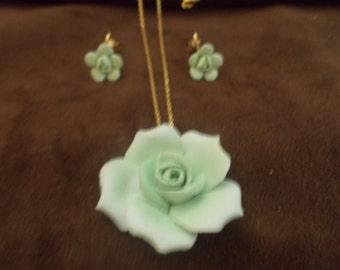 Unique Rose Necklace & Earrings  (*88)