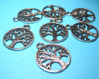 Antique Silver Tree Charms Pendants 20mm