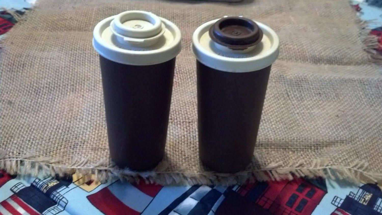 Tupperware salt and pepper shakers 1980 s vintage antique for Vintage tupperware salt and pepper shakers