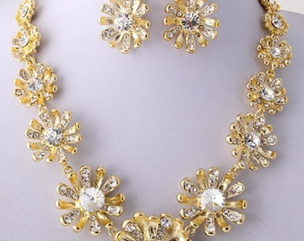 Chunky Gold Plated Rhinestone Embellished Flower Shaped Bib Necklace Earring Set