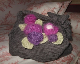 Lovely bag woll hang made with flowers