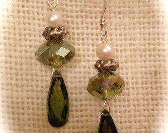peridot earring, vintage crystal, sterling silver, dangle, bridal, green earring, gift for her, boho,vintage crystal