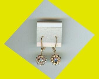 Gold Daisy Dangle Earrings